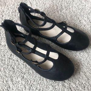 Black GAP toddler dress shoe